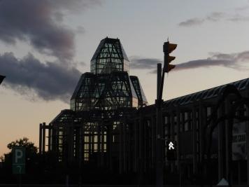 L'extérieur du Musée des Beaux-Arts d'Ottawa